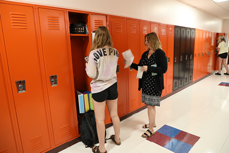 Remsen Jr./Sr. High School Hosts Students & Families During Open House Night