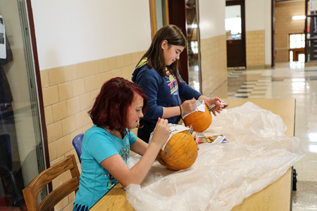 "Remsen Jr./Sr. High School Holds ""Carve a Pumpkin with a Safety Officer"" Contest"